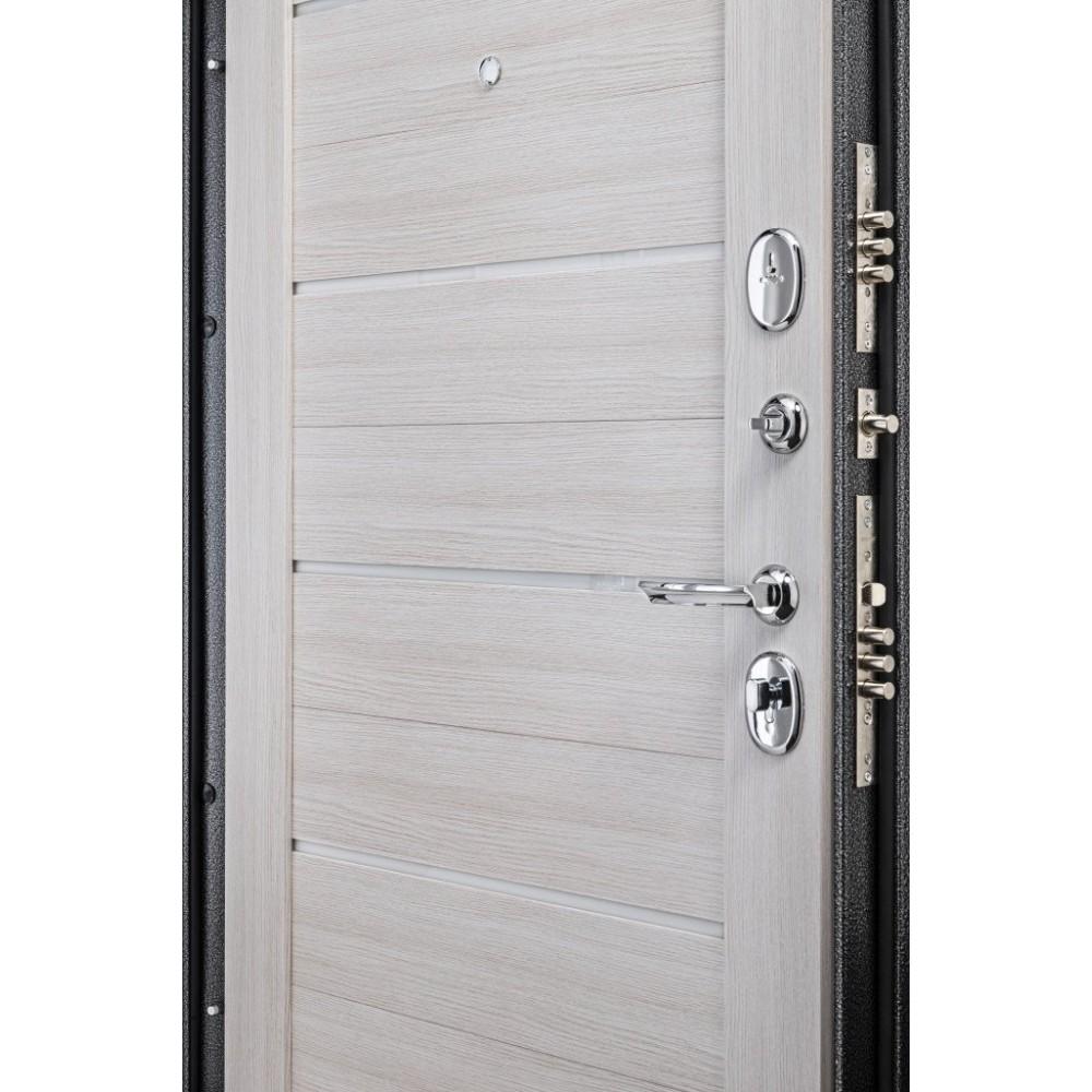 Входная металлическая дверь Porta S 104.П22 Антик Серебро/Bianco Veralinga